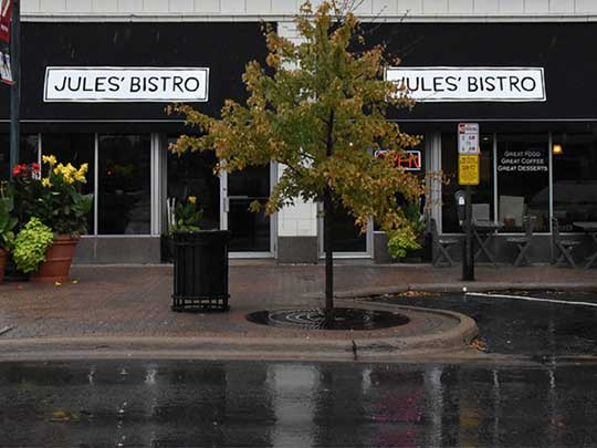 Jules' Bistro opens its expansion